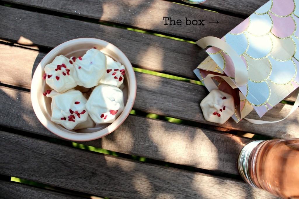 Raspberry meringues 3